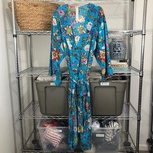PLUM PRETTY SUGAR x BHLDN | floral bridesmaid robe